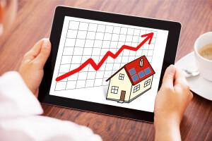 Sazby hypoték rostou, ale stále jsou v normálu.